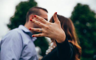 Christmas Engagement? Congrats!